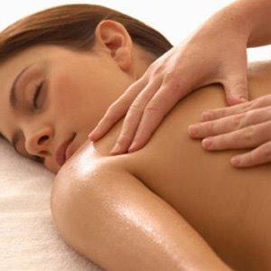Massaggio medicinale schiene e gambe